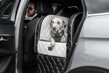 Dogstyler® Excelsior für die Rückbank White Night S - L Hundebox Kunstleder Hundesitz Hund im Auto